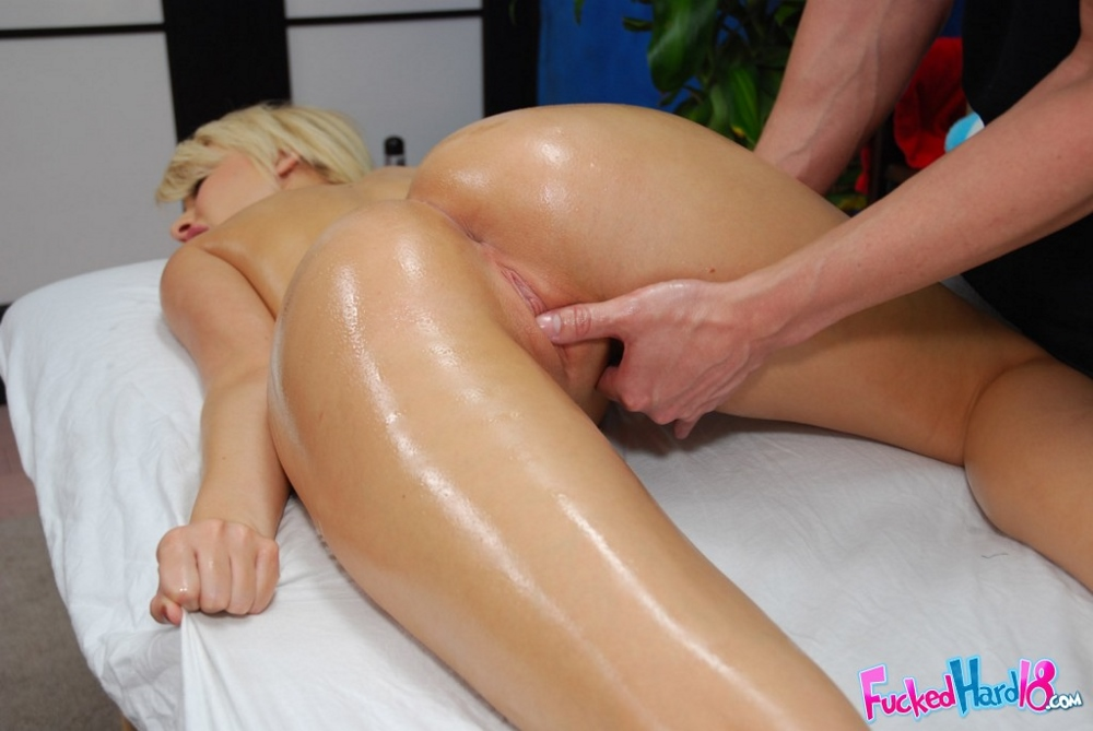 sex oil massage